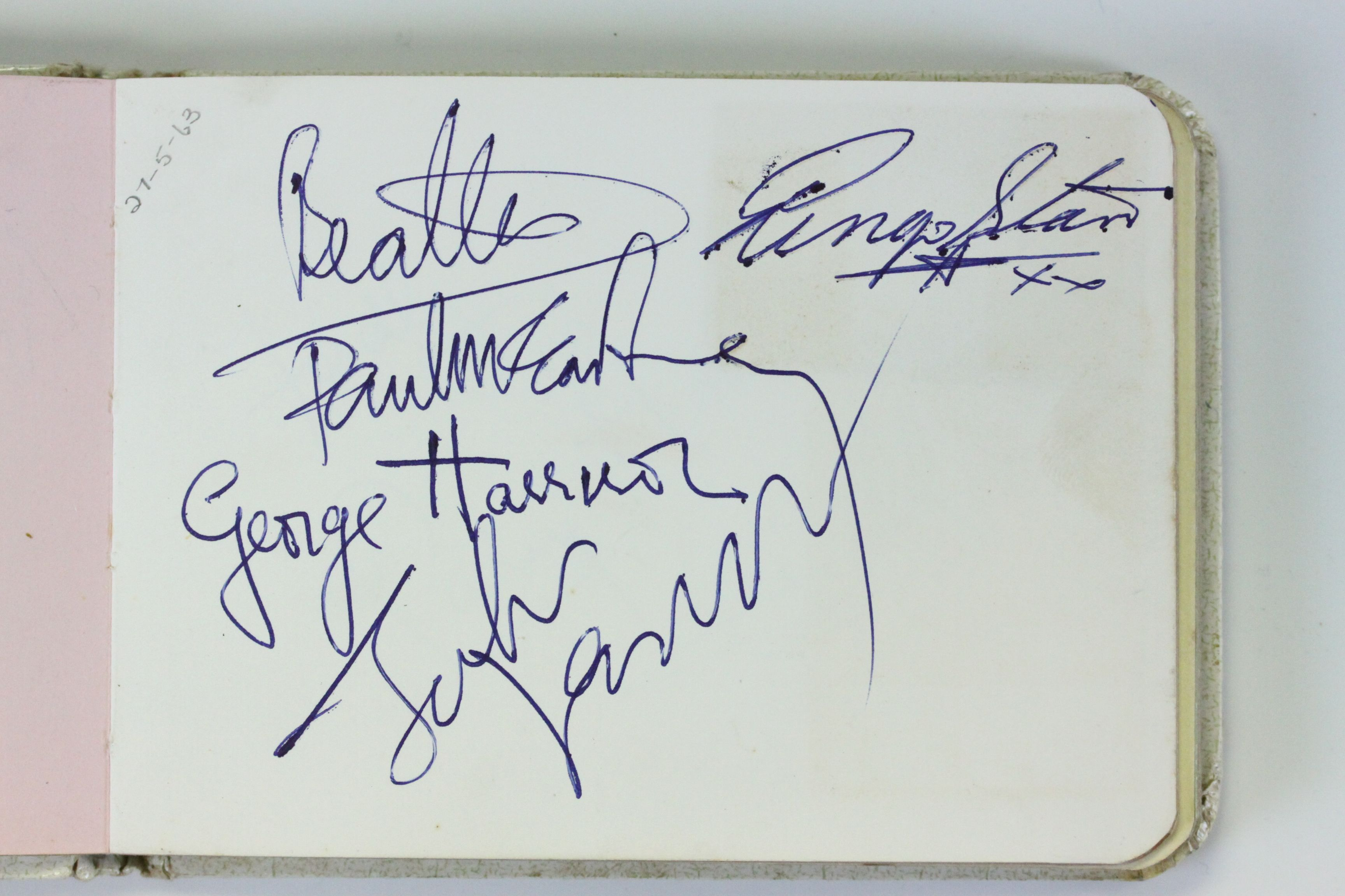 Beatles_Autographs_-_SOLD_-_3000.JPG